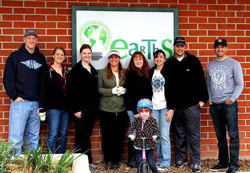 Cydcor volunteers at EARTHS