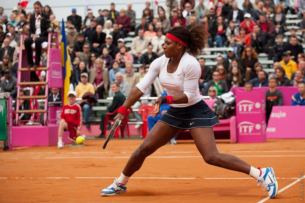 Serena Williams playing tennis.